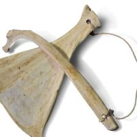 Percussion sound tool of animal shoulderblade